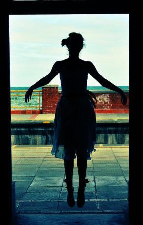 Levitating Lara Klawikowski