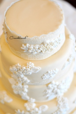 The Lace Wedding Cake